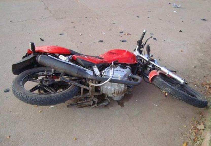 Murió una menor de 14 años en un accidente de moto